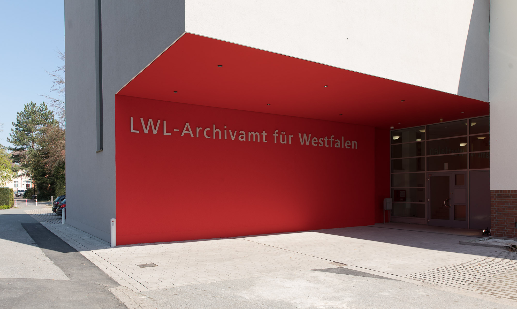 110e55e7b3 Eingang zum LWL-Archivamt für Westfalen (Foto: Markus Bomholt)